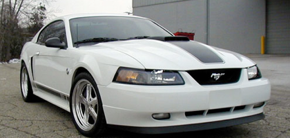 We didn't want anyone to think our white '04 Mach-1 took a back seat to the acquisition and flogging of our '05 GT this past season of 2005. Although for the most part our '05 GT was in the spot light at our shop for the better part of the '05 season, especially once the Vortech went on.